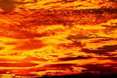 sunset red sea summer orange sun hot beach nature colors beautiful beauty yellow japan strand digital geotagged interestingness nikon colorful asia pretty afternoon seasons tl dusk kamakura playa explore 日本 nippon d200 nikkor dslr toned kanagawa nihon kanto yuigahama interestingness335 10faves i500 18200mmf3556 utatafeature manganite nikonstunninggallery geo:lat=35308603 geo:lon=139544601 date:year=2006 date:month=september date:day=2 format:ratio=32