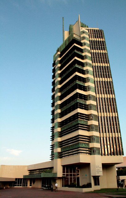 Price tower flickr photo sharing for Frank lloyd wright bartlesville