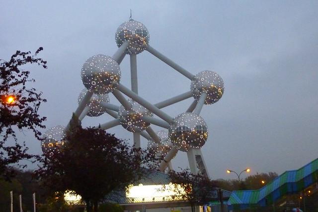 333 - Atomium
