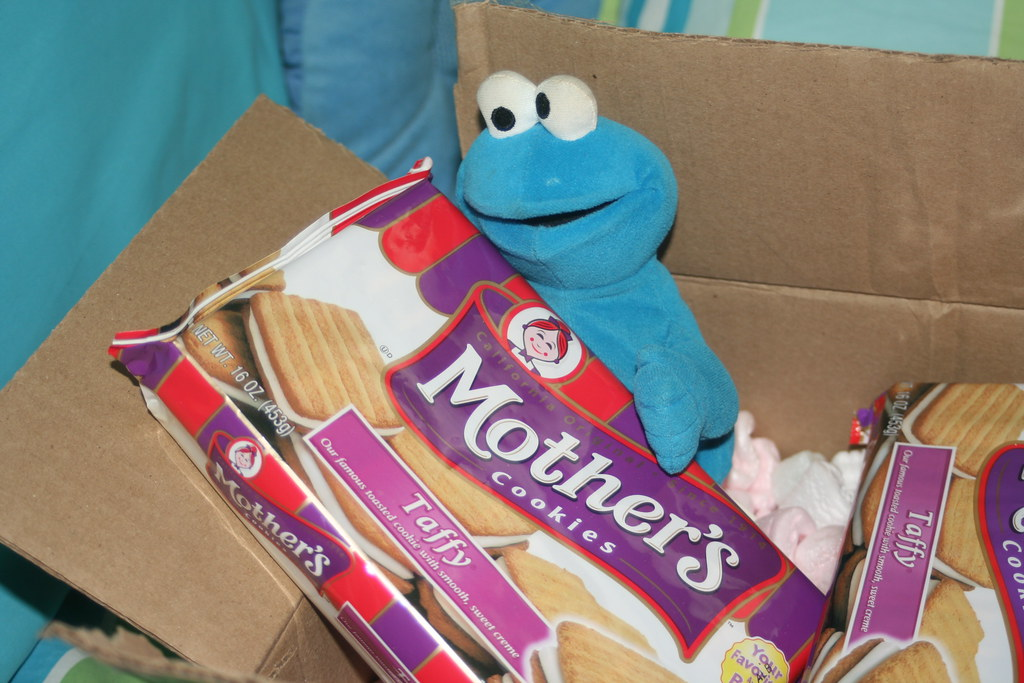 Cookie Monster and Taffy Cookies