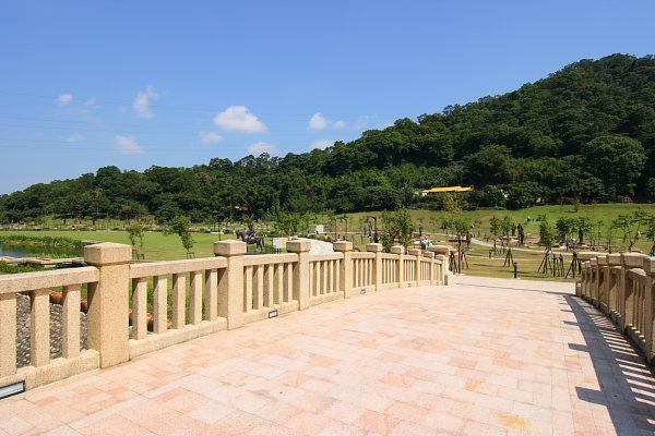 14K9慈湖紀念雕塑公園