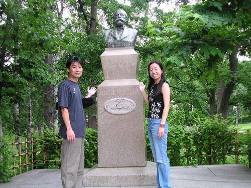 北大的克拉克銅像