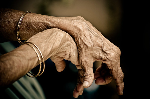old family grandma gold hands 5 toned wrinkles pp bangles piratetreasure explored 55200vr piratetreasure2 piratetreasure3