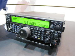 communication device(0.0), radio receiver(0.0), audio receiver(1.0), electronic device(1.0), multimedia(1.0), electronics(1.0),