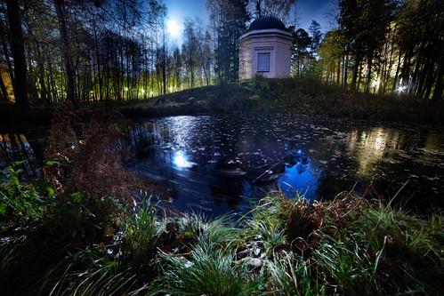longexposure autumn moon building water night forest finland dark landscape pond helsinki scenery outdoor herttoniemi herttoniemenranta samyang samyang14mmf28