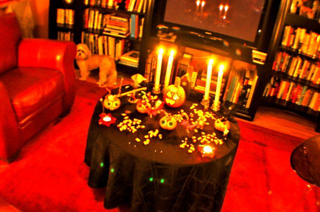 5132806674 cd9e10dfa1 - Deco salle halloween ...