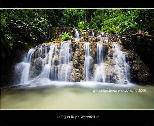 indonesia waterfalls airterjun malukuutara northmaluku transmigrasi alitrisnopranoto subaim easthalmahera halmaheratimur