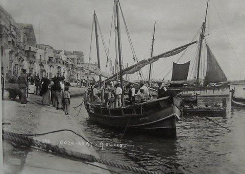 Malta - Gozo Boat