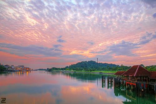 clouds digital sunrise island dawn singapore colorful colourful sentosa hdr cloudscape blending 550d