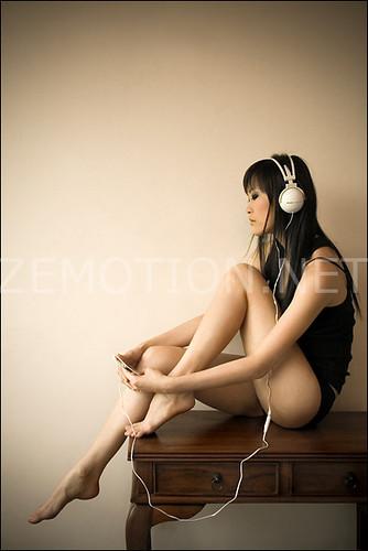 zemotion - Headphones are Stylish.