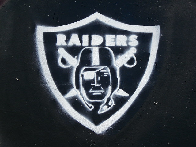 Galerry Stencil King157 Character Oakland Raiders Graffiti Art Det… Flickr