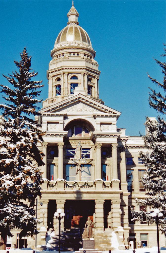 Wyoming State Capitol | The Wyoming state capitol building i