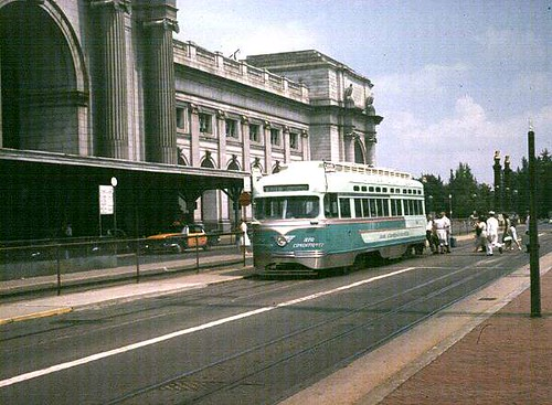Silver Sightseer streetcar, Union Station