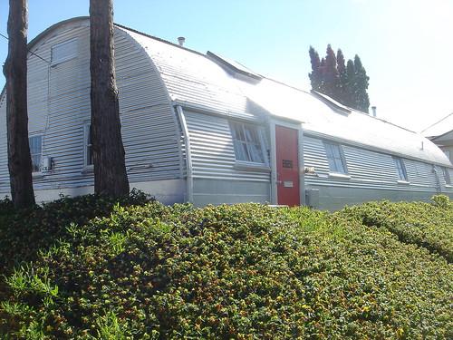 Q-Hut, 2626 SE Ankeny, Portland, OR 97214