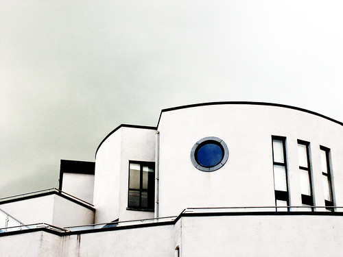 ireland architecture irland eire min athlone 2007 malona borderingperception 070816 dissymmetrydel