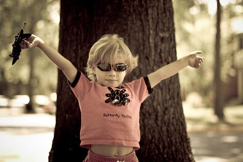 Los niños pequeños deberían usar gafas de sol