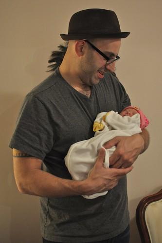 Daddy Holds Soleil