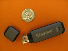 electronic device, data storage device, usb flash drive,