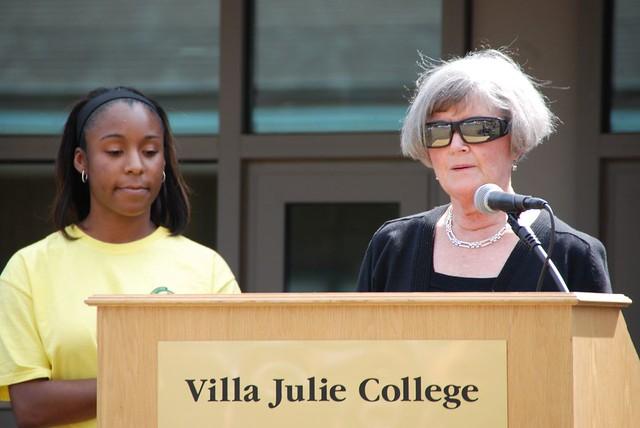Villa julie college founders day dsc 0464 villa julie for Villas julie