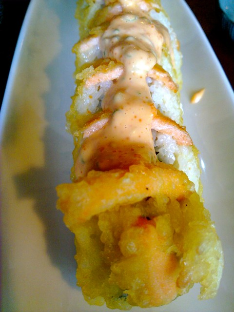sacramento roll at sushi.com