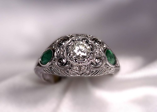White gold/antique style ring