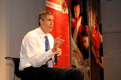 Secretary of Education Arne Duncan answers questions from the City Year Boston corps members