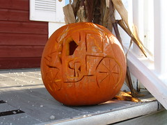 wheel(0.0), jack-o'-lantern(0.0), carving(1.0), art(1.0), pumpkin(1.0), halloween(1.0), calabaza(1.0),