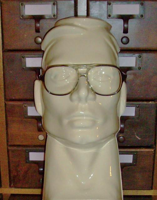 Eyeglass Frame Repair Colorado Springs : ADJUSTING PLASTIC EYEGLASS FRAMES - Eyeglasses Online