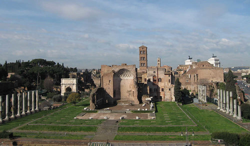 Roma - Apertura del percorso del Tempio di Venere e Roma nel Foro romano. MIBAC (12/11/2010).