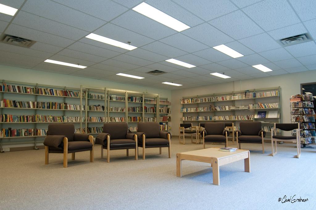 заброшенная библиотека