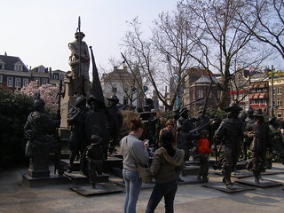 Rembrandt van Rijn statue の画像. netherlands amsterdam mar2007 31032007