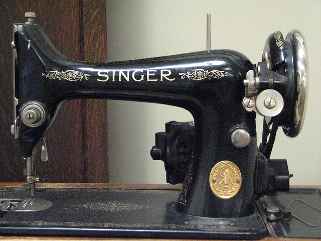 Old Singer Sewing Machine Drawings http://www.flickr.com/photos/8812741@N02/814890200/