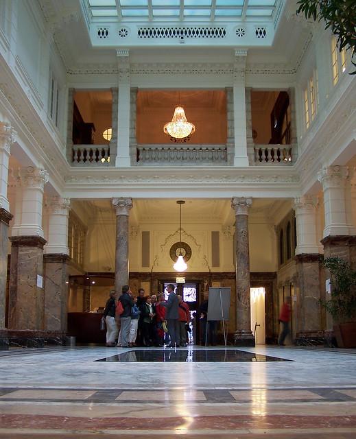Raad voor de rechtspraak centrale hal open monumentendag flickr photo sharing - Hal ingang ontwerp ...