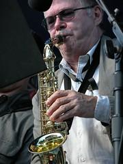 musician, saxophone, music, jazz, entertainment, brass instrument, wind instrument,