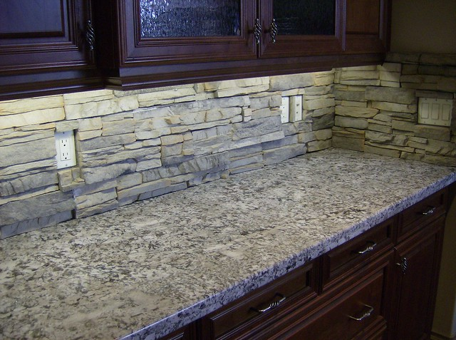 Stone Veneer Backsplash : Stacked stone backsplash