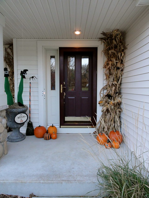 Spooky Front Porch Decorating Ideas For Halloween Party