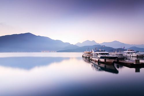 lake mountains sunrise taiwan 南投 wharf 台灣 山 日月潭 sunmoonlake nantou 湖 日出 碼頭 魚池 水社碼頭 遊艇 水社 samyaoo