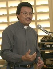 Pastor Elias Lozano