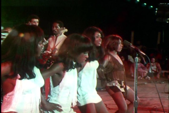 Ike & Tina Turner w/the Ikettes
