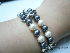 chain(0.0), pearl(1.0), jewellery(1.0), gemstone(1.0), bracelet(1.0), bead(1.0),