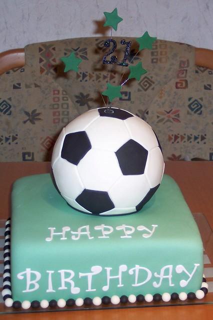 fu ball torte soccer cake fondant cake soccer cake tor flickr photo sharing. Black Bedroom Furniture Sets. Home Design Ideas