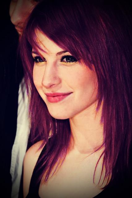 hayley williams purple hair - photo #11