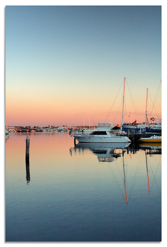 pink blue sunset orange reflection water boat bravo harbour yacht australia perth western fishermans fremantle mywinners colorphotoaward superbmasterpiece