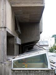 GLC, john bancroft, architect: pimlico school, london oktober 2006