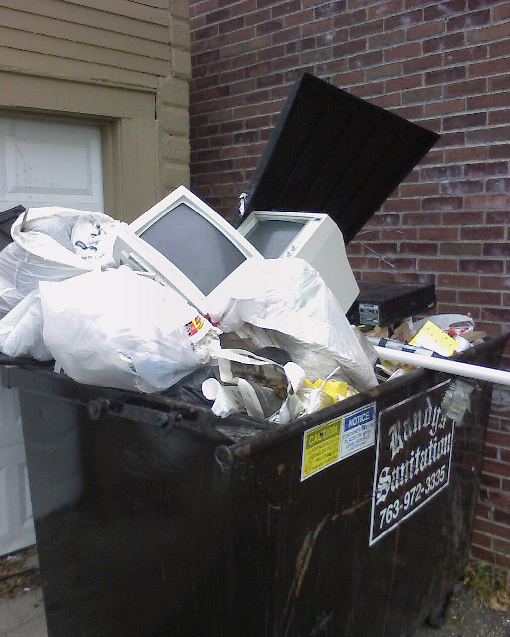 american trash analysis Analysis of crt televisions and monitor recycling in us households april 2014 the consumer electronics association (cea) conducted a national, quantitative study administered via telephone interviews to 1,023.