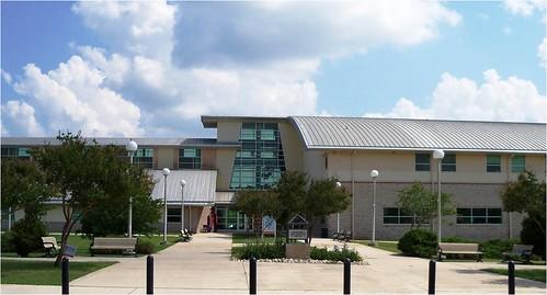 Ozuna Library