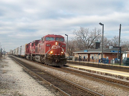 Eastbound Canadian Pacific freight train passing through Franklin Park Illinois. December 2006. by Eddie from Chicago
