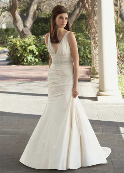 Modern V Neck Wedding Dress : Wedding dress styles modern deep v neck dresses