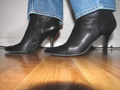 What to wear with brown heeled boots