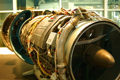 drum(0.0), machine(1.0), jet engine(1.0), engine(1.0), aircraft engine(1.0),